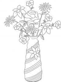 Букет цветов в красивой декоративной вазе