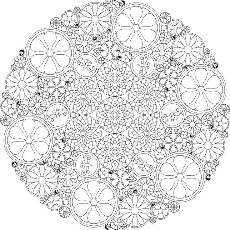 Сложные узоры в круге с цветами и бабочками