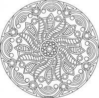 Сложные узоры в круге в виде цветка